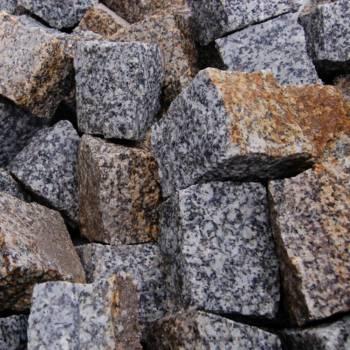 Produkujemy kostkę granitową, kamień murowy - SYNTAR